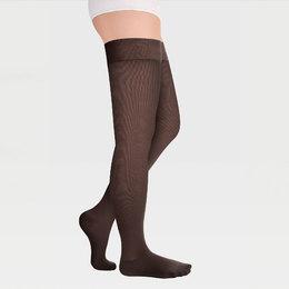 Läpikuultavat sukat yksinkertaisella silikoni-kuminauhalla suljetun varvasosan kanssa leveille reisille ID-300TW